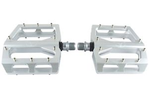 eXotic M7D Thin Flat CNC Pedals in Chrome/Silver, Twin Sealed Bearings, Pins