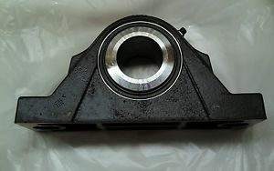 NOS SKF SYNT 50 F CONCENTRA PILLOW BLOCK ROLLER BEARING 50 MM BORE. NIB.