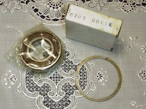 NSK 6205 DDUNR Single Row Ball Bearing with Snap Ring 6205DU NEW IN BOX!