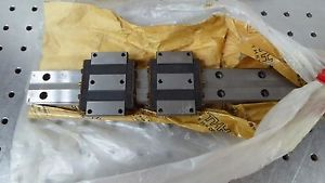 Z130369 (Lot of 2) THK LM Type HRW Guide Series HRW17CA2UUC1+390LP