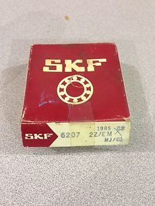 NEW IN BOX SKF ROLLER BALL BEARING 6207 2Z/EM