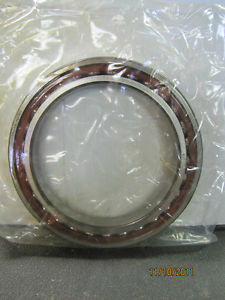 SKF 71928ACD/P4ATBTC W05Z *-3 SUPER PRECISION ROLLER BEARING NEW