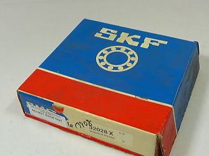 SKF 32028-X Tapered Roller Bearing ! NEW !