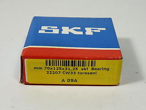 SKF 22207 Two Row Straight Bore Roller Bearing 35 x 72 x 23 mm ! NEW !