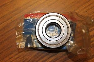 NEW SKF BEARING 6305-2Z/C3 NEW BEARING 63052ZC3