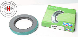 "SKF / CHICAGO RAWHIDE CR 21352 OIL SHAFT SEAL, 2.125"" x 3.371"" x .375"""