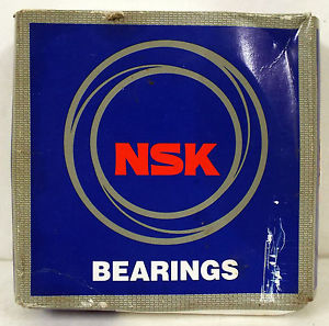1 NEW NSK 6011ZZC3E BEARING ***NEW IN BOX***